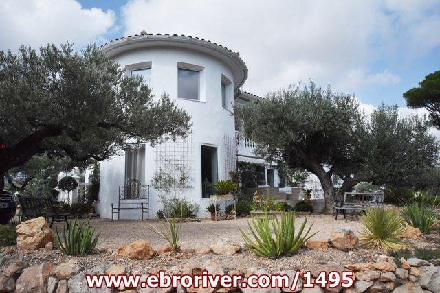 Luxuriöses Herrenhaus in Camarles